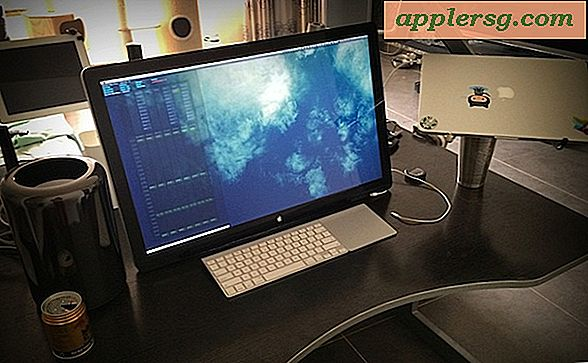 Mac Setup: Mac Pro dengan Apple Cinema Mounted Swivel 27 ″ Display