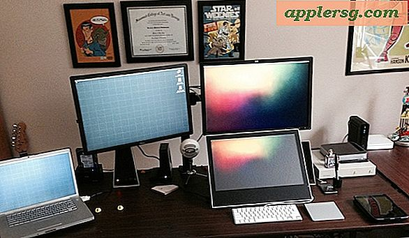Mac Setup: Desk of a Sequential Artist & Comic Illustrator